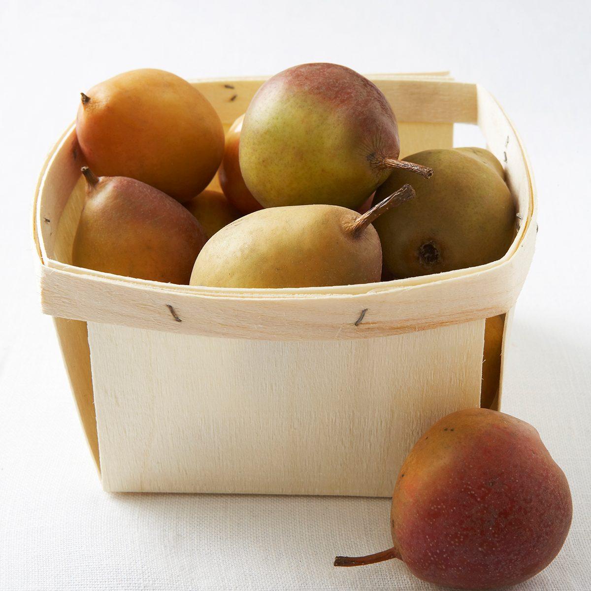 fresh seckel pears