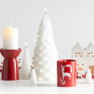 22 Best Christmas Candles to Make Your Home Feel (and Smell) Festive