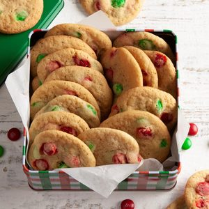 Christmas M&M's Cookies