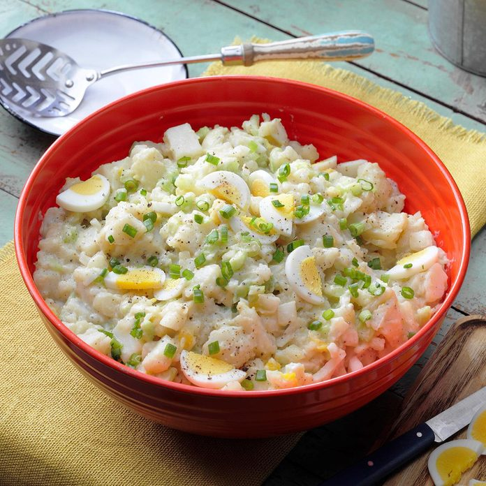 Grandma's Classic Potato Salad Exps Hca21 48751 E10 22 2b Ap 1