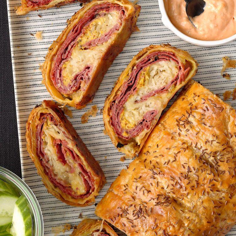Reuben Puff Pastry Stromboli Exps Hca21 232851 B10 15 9b 1