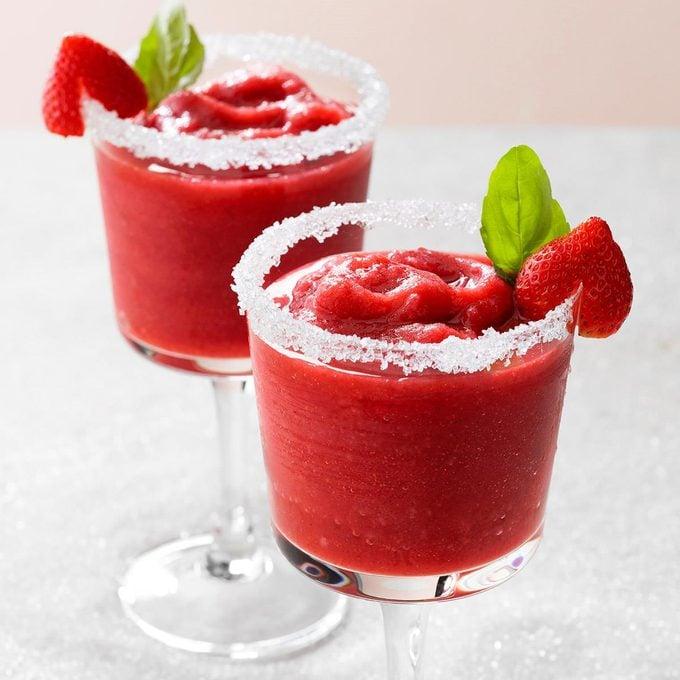 Strawberry Basil Frozen Margarita Exps Toham21 257584 E12 08 6b 2