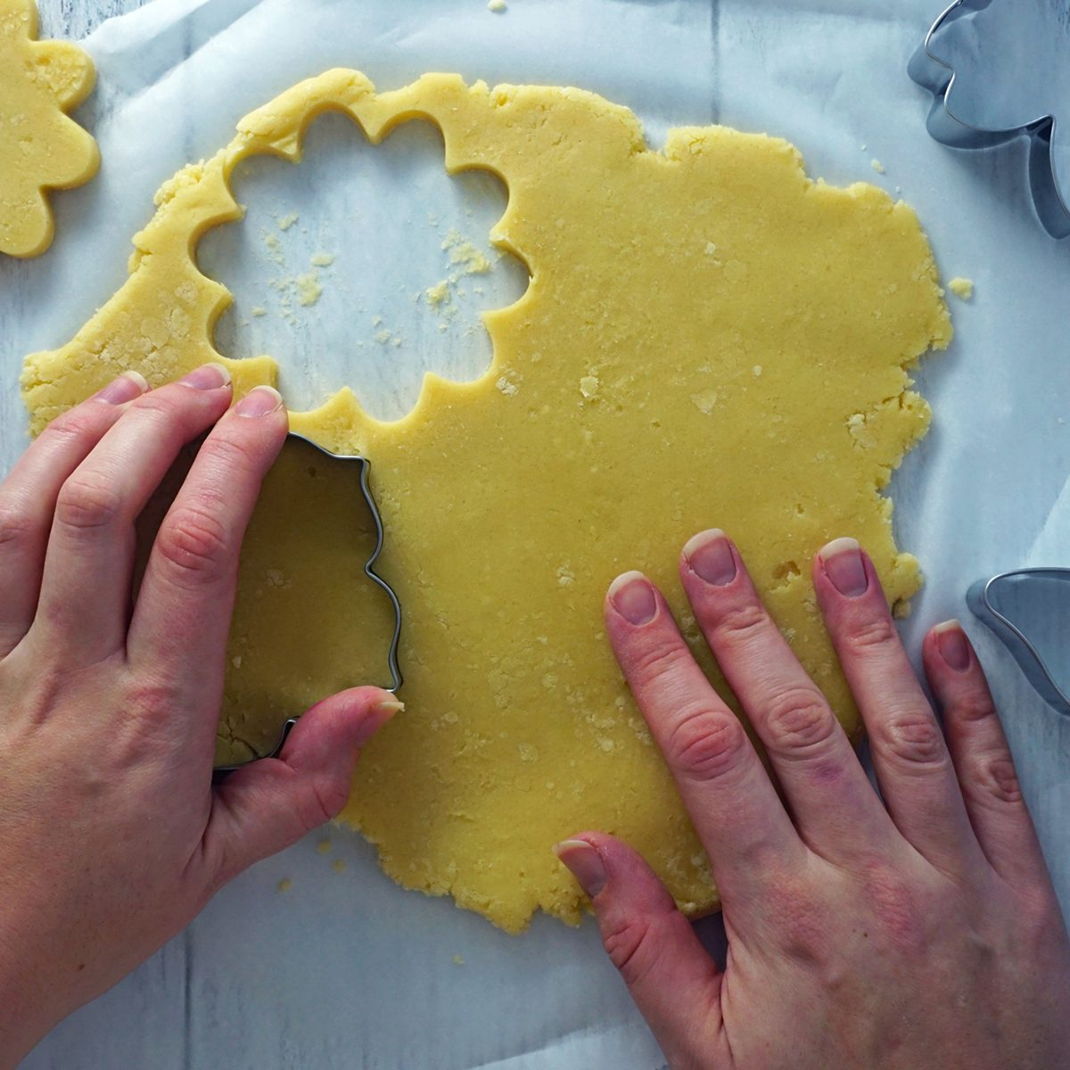 Cut out shapes how to make a cookie bouquet