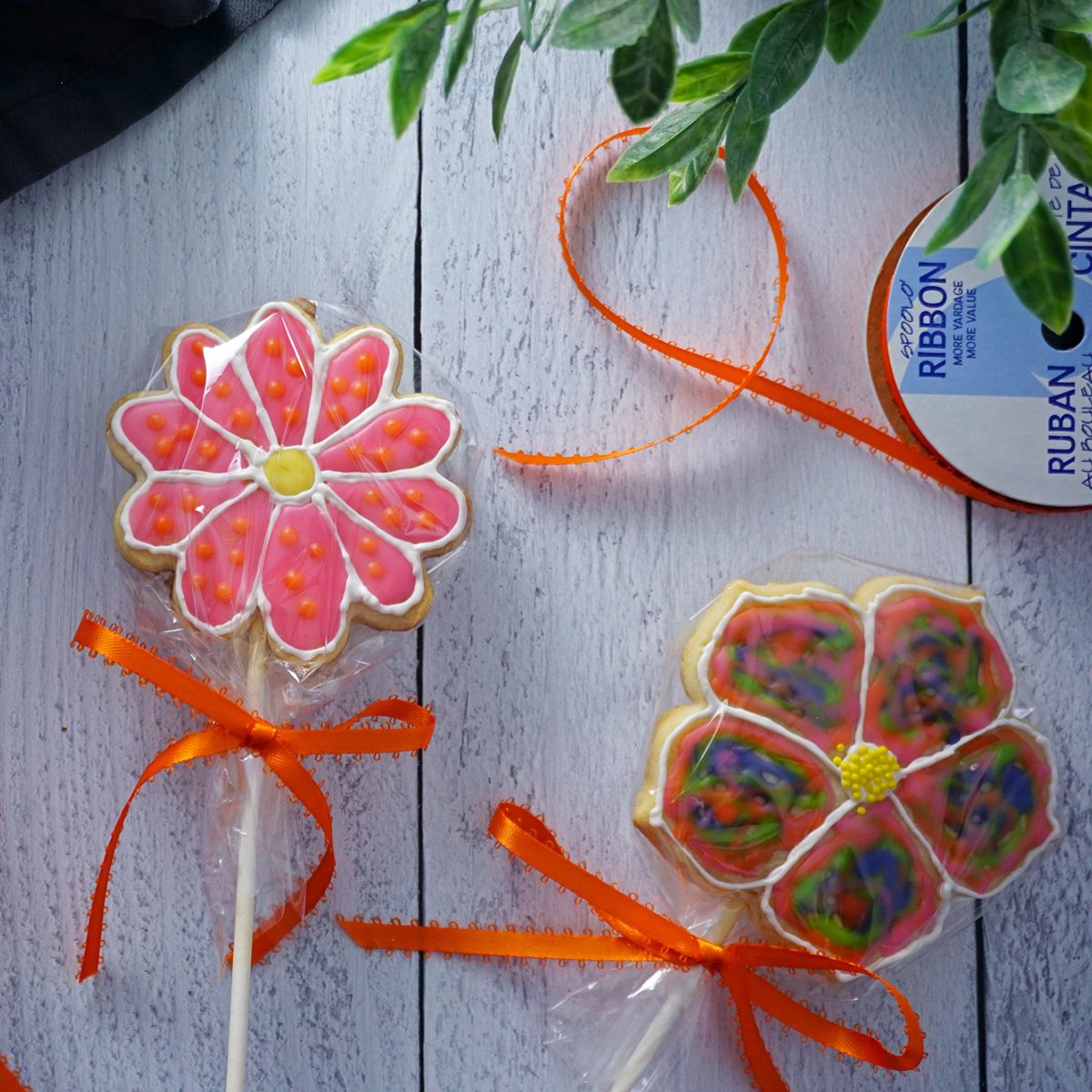 Wrap how to make a cookie bouquet