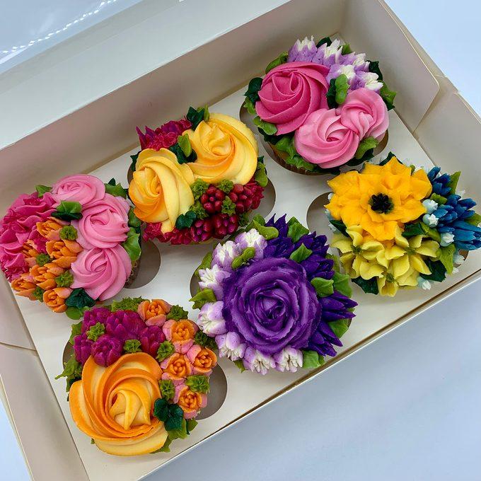 Barbie Levy's Winning Buttercream Flower Cupcakes