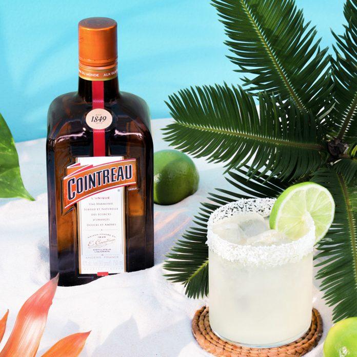 Cointreau Original Margarita Cocktail Shot Final Scaled 800x1200