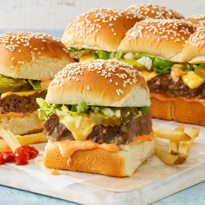 Burger Sliders With Secret Sauce Exps Mtbz21 260175 B03 11 2b 1