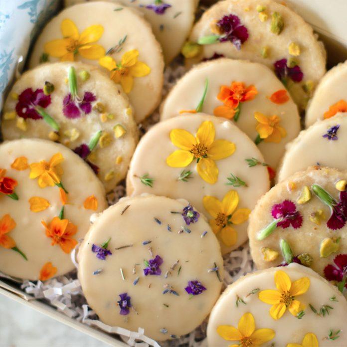 Floral Shortbread adult easter basket