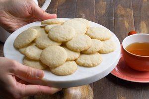How to Make Sugar Cookies, a Cookie Jar Classic