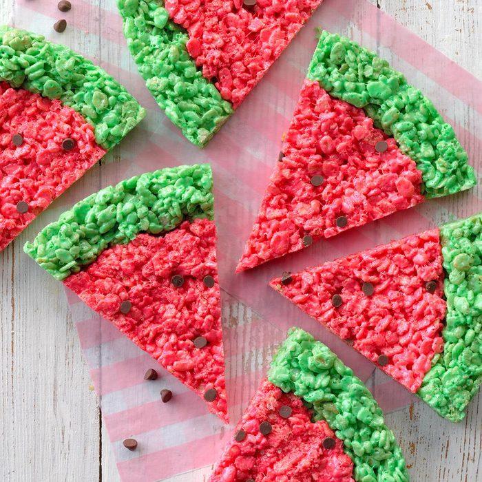 Watermelon Rice Krispie Treats Exps Tohas21 261266 B04 09 4b 6