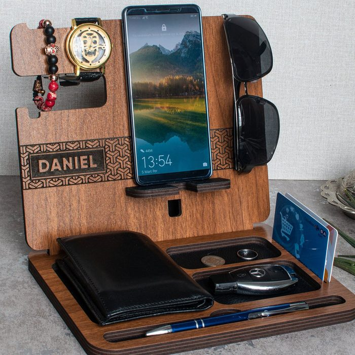 custom fathers day gift Personalized Docking Station Fathers Day