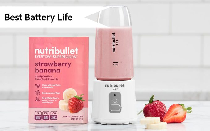 Ready Blends Go Ecomm Pdp Lifestyle Countertop Strawberry Banana Go White 2360 X 1890