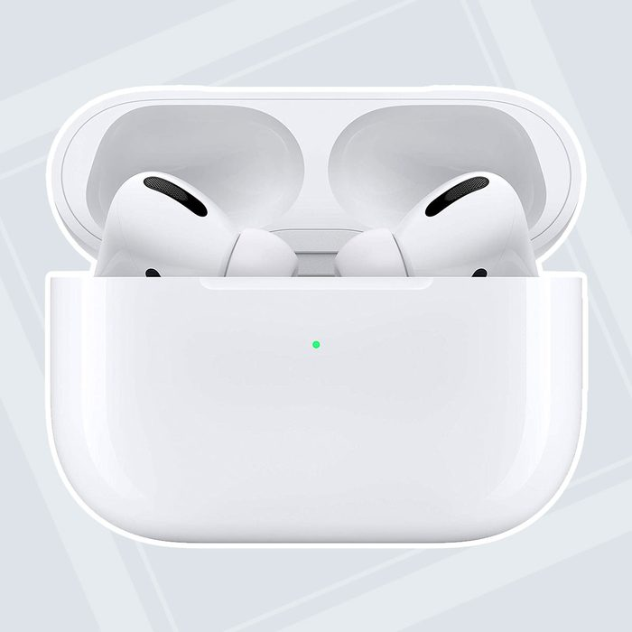 Airpods Pro college graduation gifts