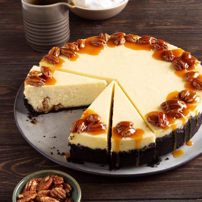 Chocolate Bourbon Pecan Cheesecake Exps Ft21 263447 F 0420 1