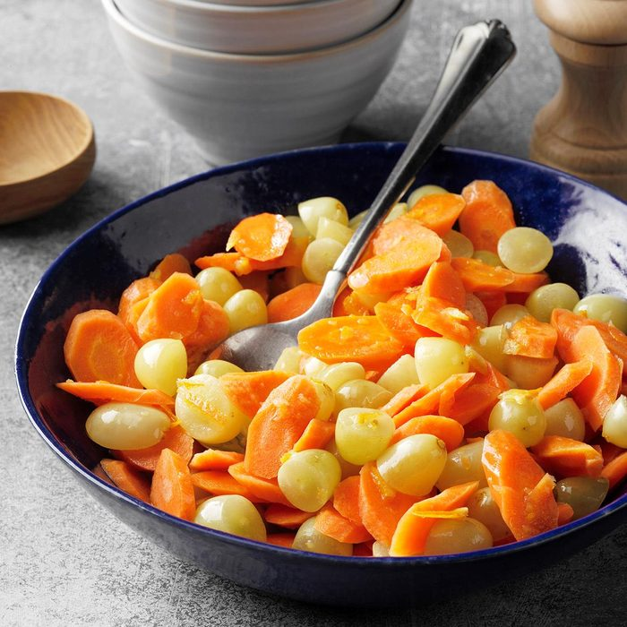 Glazed Carrots With Green Grapes Exps Tohedscodr21 132546 E04 28 6b