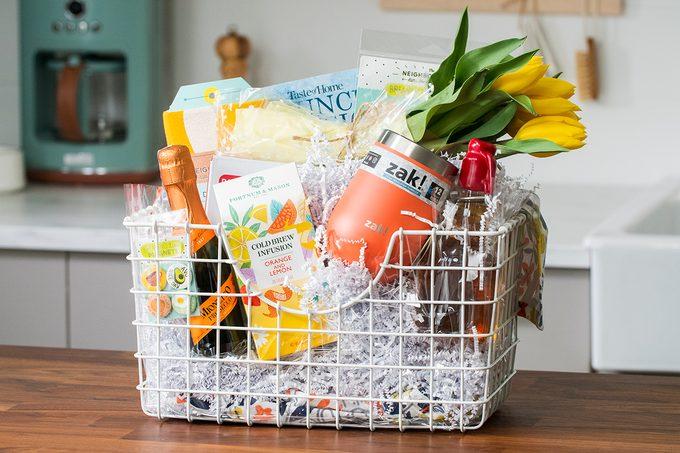Brunch bash gift basket