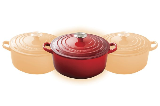 Le Creuset Signature Enameled Cast Iron Round Dutch Oven, 5 1/2-Qt., Red