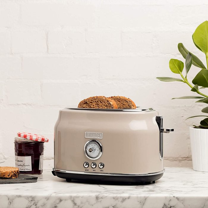 Haden DORSET 2 Slice, Wide Slot, Stainless Steel Retro Toaster with Adjustable Browning Control and Cancel, Defrost and Reheat Settings in Putty Beige