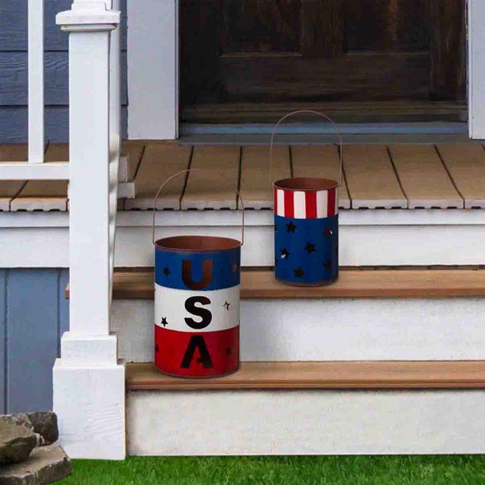 americana kitchen Metal Patriotic Set Of 2 Lanterns