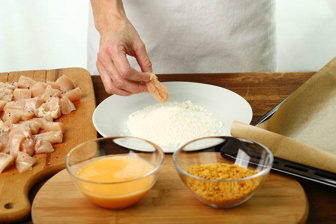 Roll Chiken Fillet In Flour