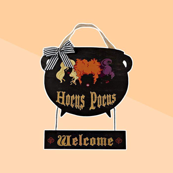 Hocus Pocus Cauldron Wreath