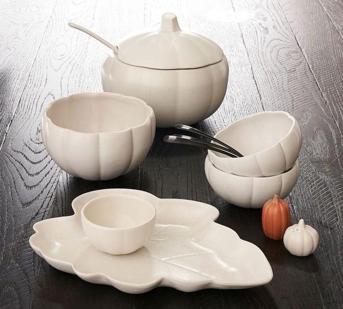 Modern Pumpkin Shaped Stoneware Tureen O (1)