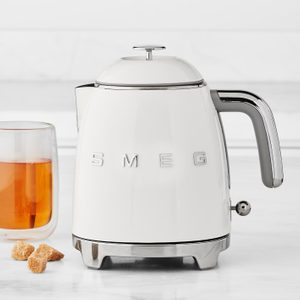 The Smeg Mini Kettle Is Finally Here—in the Prettiest Colors